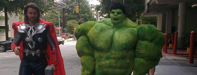 Wer kennt sie nicht, Thor und ... Hulk? Quelle: http://imgur.com/ESPOizw