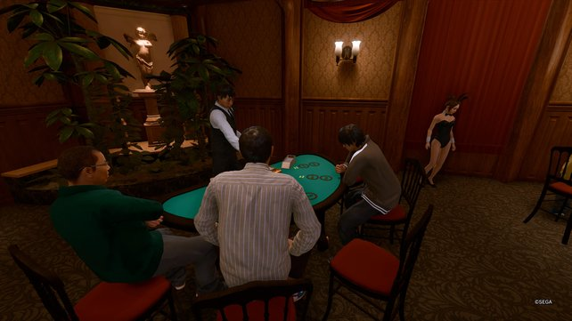 Im Casino könnt ihr beim Pokern oder Black Jack spielen jede Menge Jetons gewinnen und sie für tolle Preise eintauschen.