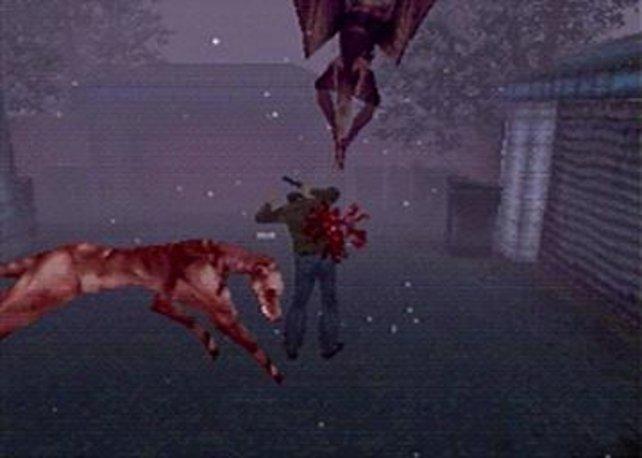 Schnelle Gegner ins Visier zu nehmen macht in Silent Hill so rein gar keinen Spaß.
