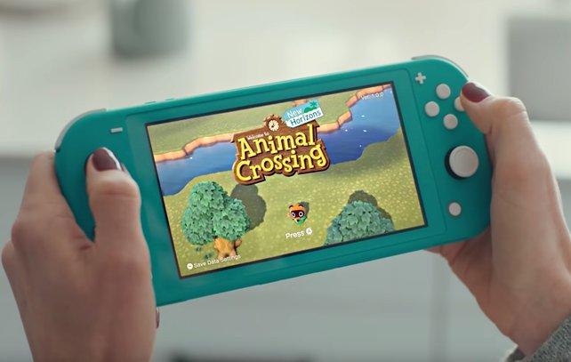 Derzeit gibt es bei Saturn die Nintendo Switch Lite zusammen mit Animal Crossing im Sonderangebot.