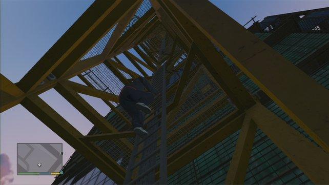 Ja, alle Stufen nach oben. Der Fahrstuhl aus der Attentätermission geht leider nicht.