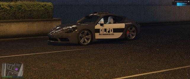 Die Polizeiwagen in Quick Life: Mit eigenem Logo versehen.