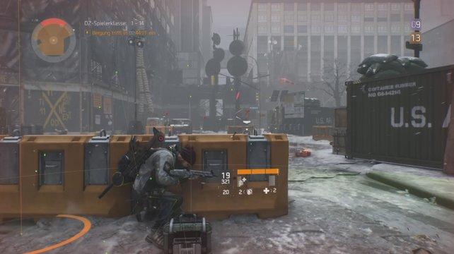 Wird ein Spieler von einem Sanitäter geheilt, erscheinen kleine grüne Pluszeichen auf dem Schirm.