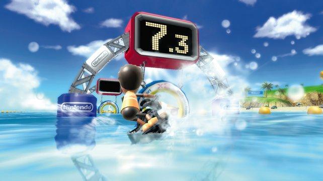 Sportliches Spielvergnügen auf dem Wasser - Jetboot fahren.