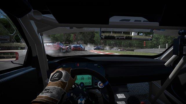 Vor allem die Cockpitansicht sorgt für das Mittendrin-Gefühl.