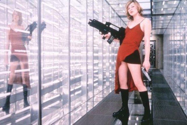 Im Kampf gegen Zombies und böse Konzerne, hier ein Bild aus dem Film Resident Evil.