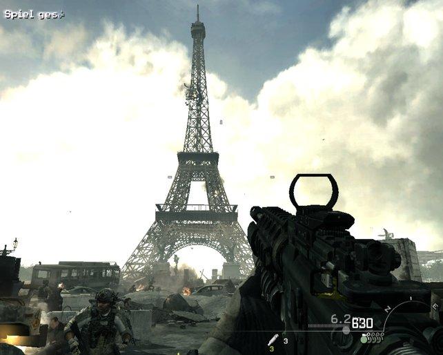 Auf den Eiffelturm nehmen die Russen keine Rücksicht.