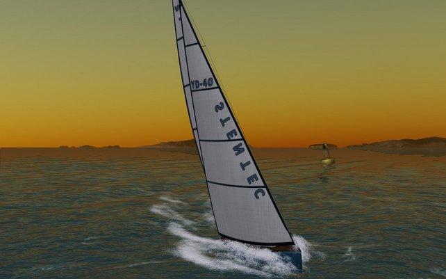 Sonnenuntergang über dem Meer: Nur das Segeln stört.