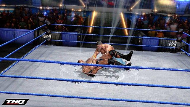 Wrestling mal anders: Meterhohe Sprünge und Spezialeffekte.