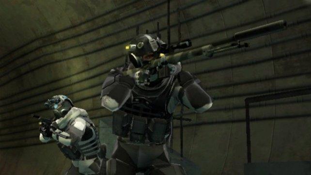 Mit dem Scharfschützengewehr bekämpft ihr ferne Feinde.