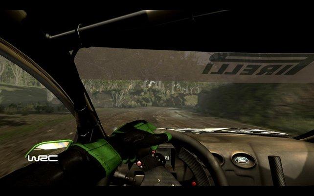 Anspruchsvolle Rallye-Fahrer nutzen die Cockpit-Ansicht.