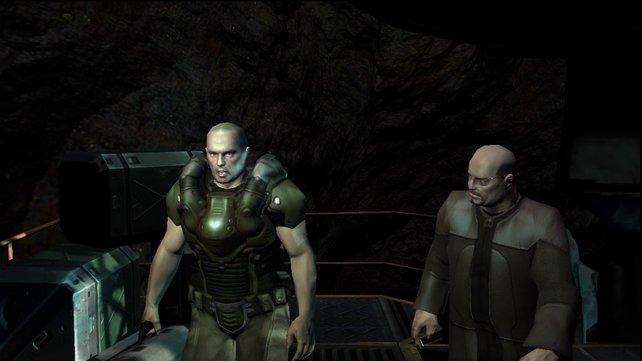 Counselor Swann (rechts) landet auf dem Mars.