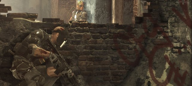 Per Schultertaste schießt ihr direkt aus der Deckung auf die Gegner.