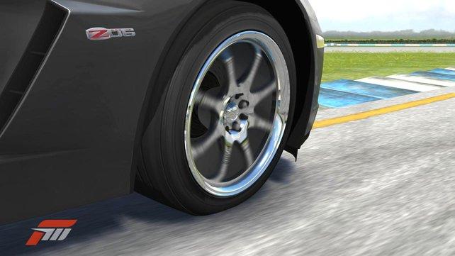 Die Reifenverformung unter Belastung wird berechnet und sogar dargestellt.