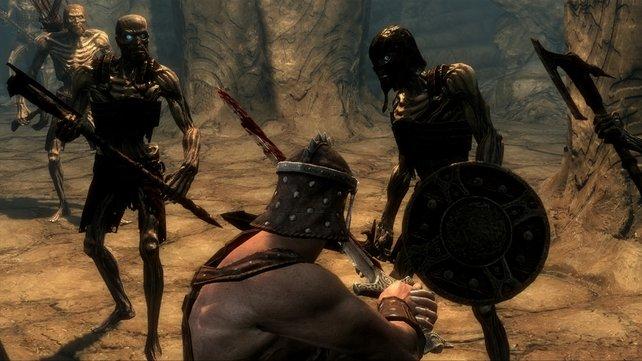 Eine Gruppe Draugr greift euren Helden an.