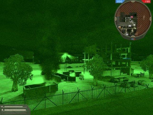 Mit dem Nachtsichtgerät ist im Dunkeln alles zu erkennen.