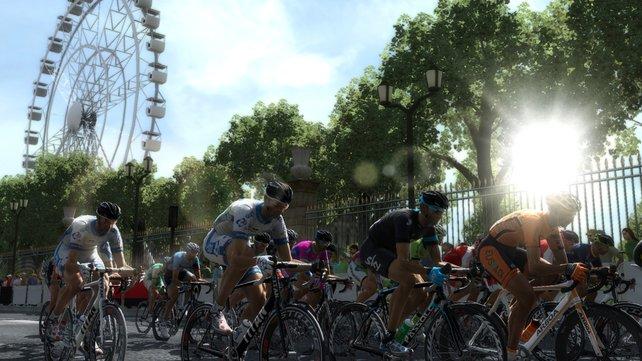 In Tour de France 2013 sind über 80 Mannschaften enthalten.