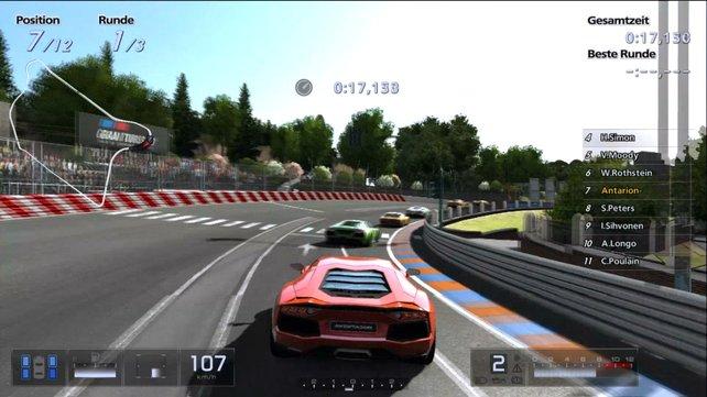 GT5 besticht mit massig Inhalt, feiner Optik und Online-Rasereien.