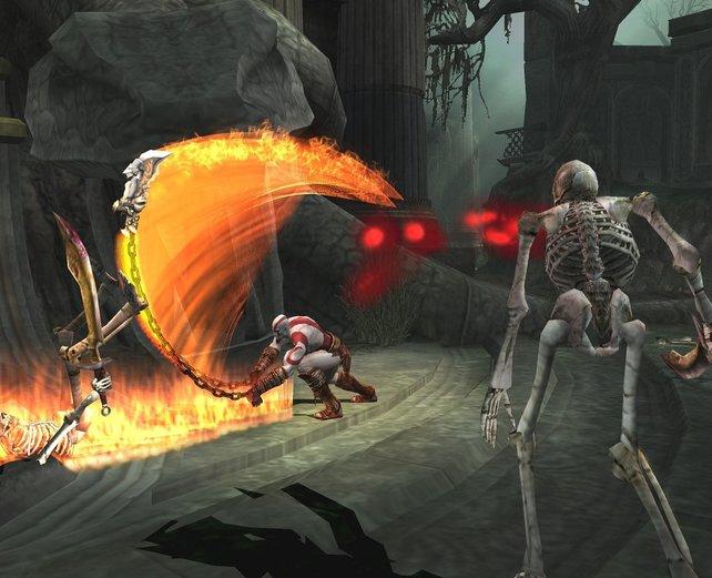 """Kurzfristig legt sich Kratos auch mit der """"Armee der Finsternis"""" an."""
