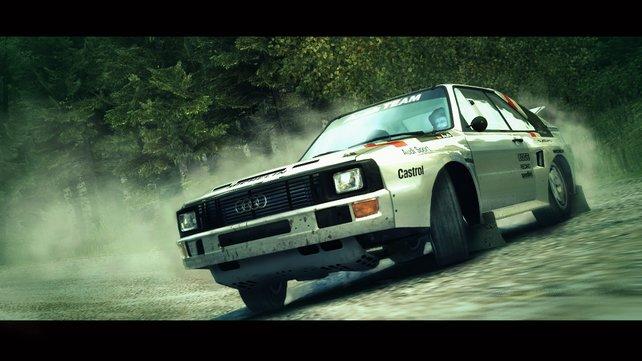 Nun sind auch wieder klassische Rallye-Fahrzeuge mit dabei.