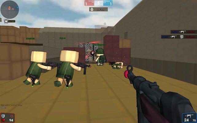 Im Defusion-Modus entschärft Team Rot eine Bombe.