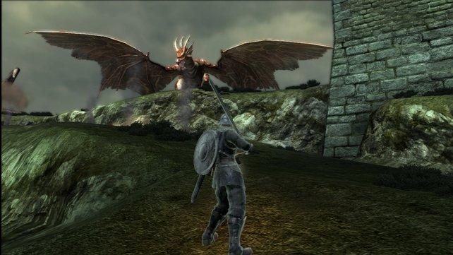 Sieht aus wie Rathalos, ist aber der Dämonendrache von Boletaria. Und oft das Letzte, was euer Held sieht.
