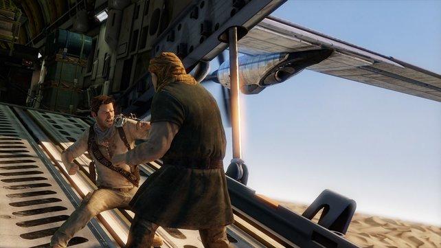 Über der größten Sandwüste der Welt liefert sich Drake ein hitziges Duell.