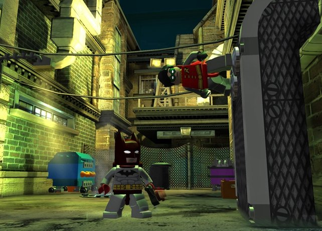 Robin kann an Metallwänden hochkraxeln.