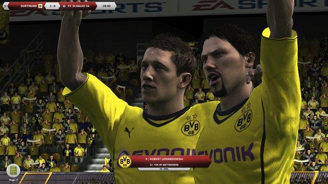 Dortmunder Spieler jubeln