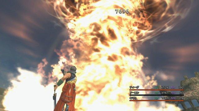 Auron bewirkt einen vernichtenden Flammensturm. Hier ein Bild aus der japanischen Version.