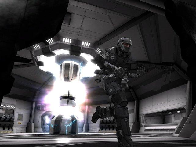 Das Titan-Raumschiff wird von innen gesprengt.