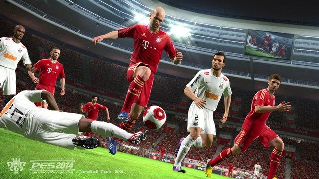 Online nehmen sich PES 2014 und Fifa 14 nicht viel - auch wenn EA mit dem Koop-Saison-Modus gut punktet.