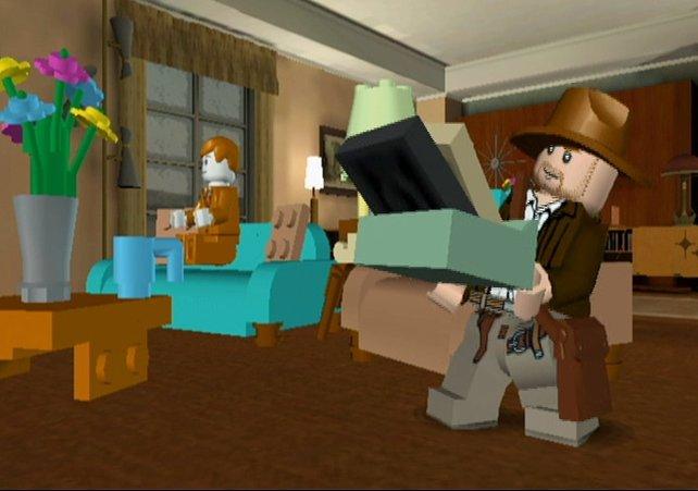 Eine der absurdesten Szenen des Films gibt´s auch im Spiel: Indy geht vor der A-Bombe in Deckung.