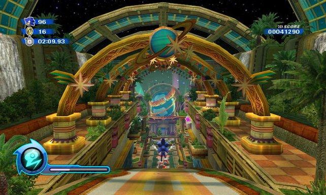 Sonic steht am Eingang des intergalaktischen Vergnügungsparks.
