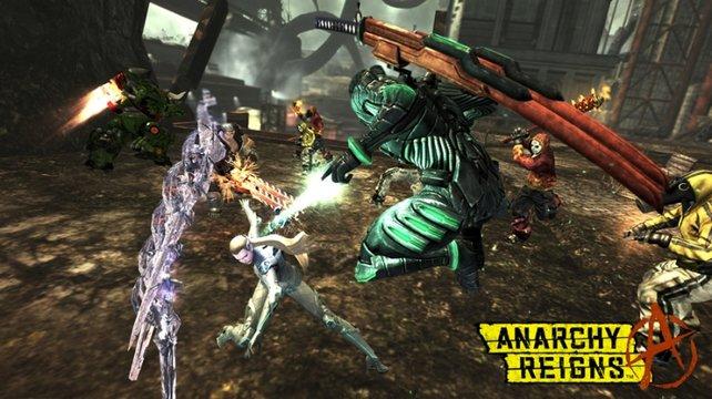 Der Tot kommt von oben - Ninja Zero attackiert Kämpferin Sasha mit seinen zwei Katanas.