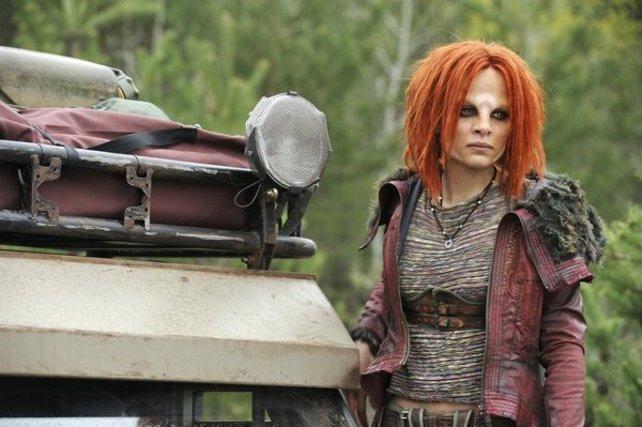 Irisa ist eine junge Außerirdische und die Adoptivtocher von Serienheld Nolan.