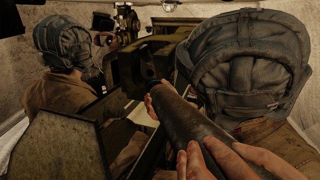 Wenn ihr in einem Panzer sitzt, könnt ihr den Innenraum samt Besatzung sehen.