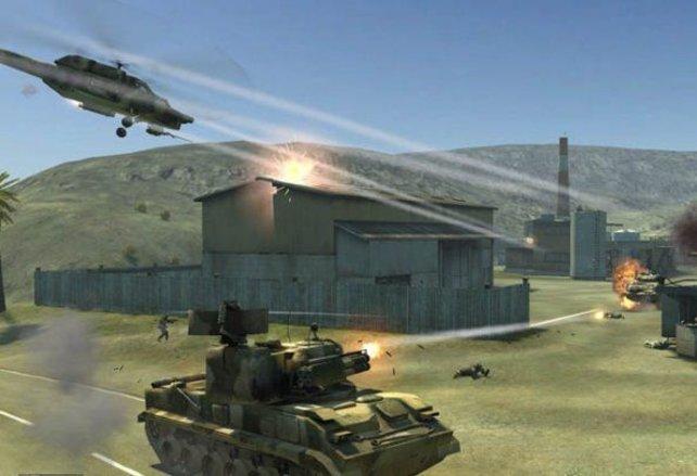Panzer und Hubschrauber spielen in Battlefield 2 ähnlich wie bei Homefront eine wichtige Rolle.