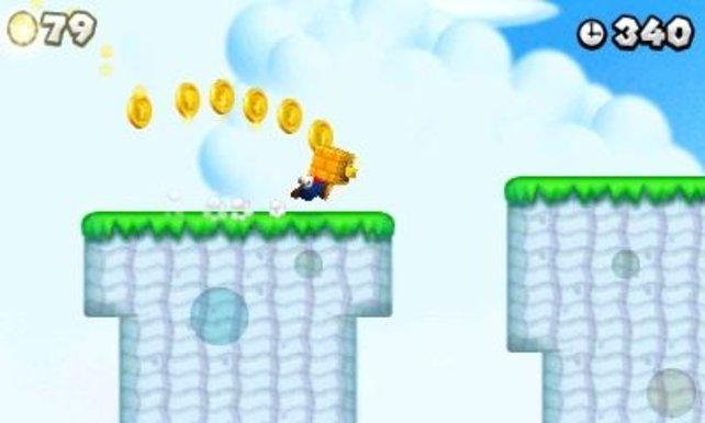 Mario sammelt Goldmünzen auf.