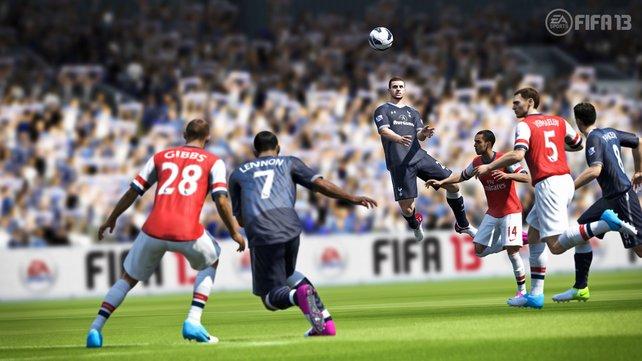 """""""Fuppes"""" von seiner besten Seite: Fifa 13 flätzt sich auf den Fußball-Thron."""