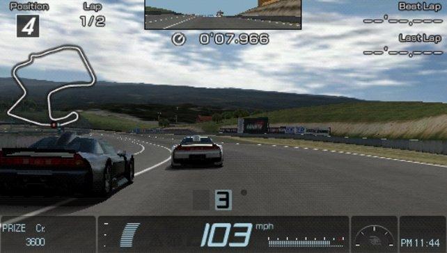 Bei der Fahrphysik spielt Gran Turismo auch auf der PSP seine Stärken aus.