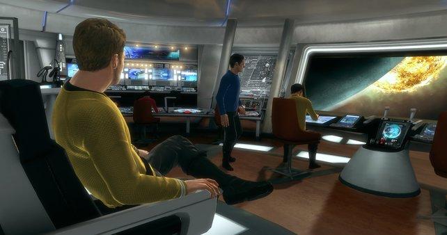 Die Besatzung der Enterprise auf der Hauptbrücke