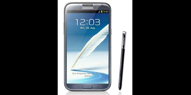 Das Galaxy Note 2 geht in Bezug auf die Größe fast schon als Tablet durch.