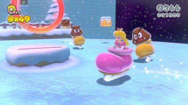 Zur Abwechslung unterstützt Peach euch diesmal. Bei ihrer Schlittschuhgröße hat sie sich aber vertan.