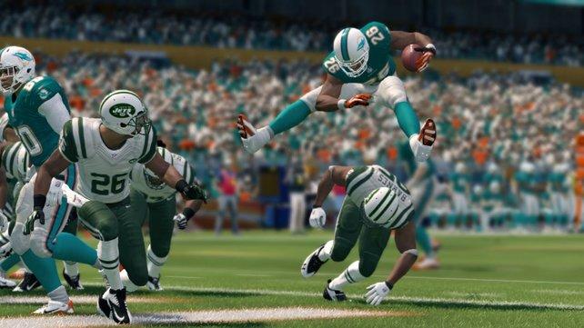 In Madden NFL 25 sind wieder alle original lizenzierten Spieler, Mannschaften und Stadien der aktuell laufenden Saison enthalten.