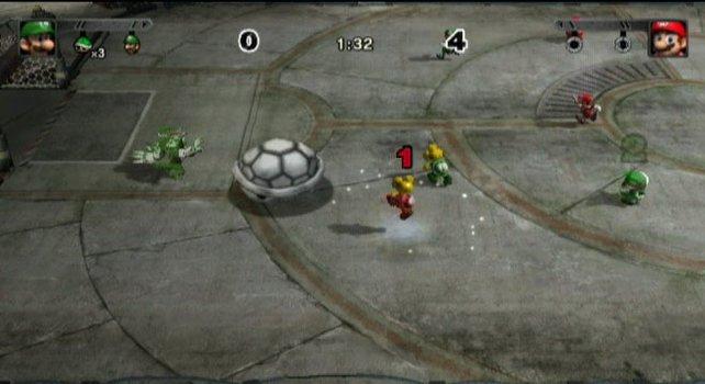 In dem großen Schildkrötenpantzer steckt der Ball