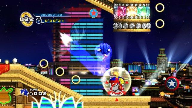 Aus den 3D-Teilen entlehnt ist die praktische Dash-Attacke Sonics.