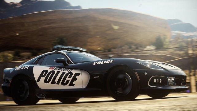 Solche schnittigen Polizeiwagen machen euch in Need for Speed - Rivals das Leben schwer.
