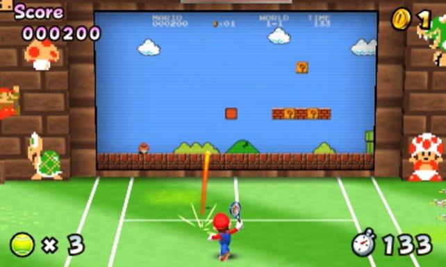 In diesem lustigen Minispiel geleitet ihr durch euren Tennisball den kleinen Mario sicher durch das Level.