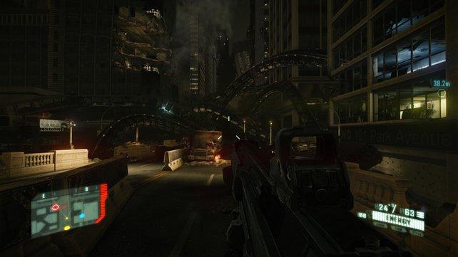 Die Aliens brechen sich ihren Weg aus dem Untergrund an die Straßenoberfläche.